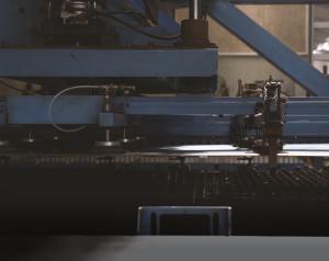 Automatisk indfødning af plade fra plademagasin